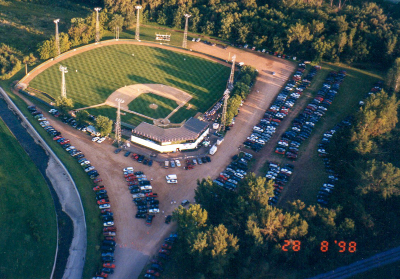Aerial of Athletic Park 1998